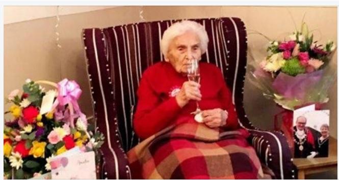 Enfermeira de 105 anos diz que evitar homens é segredo para uma vida longa