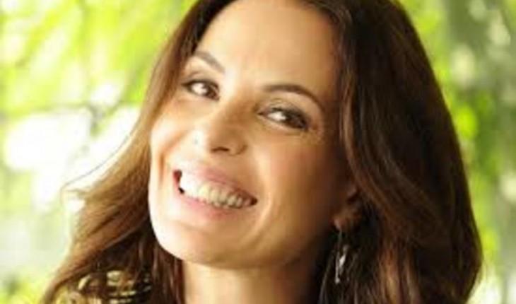 Após disputa judicial com a Globo, Carolina Ferraz desiste de fazer novelas