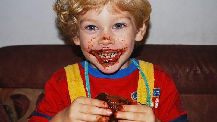 13 alimentos que as crianças não devem comer