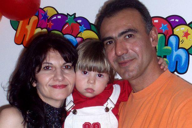 Casal comete suicídio em casa após o filho morrer de câncer