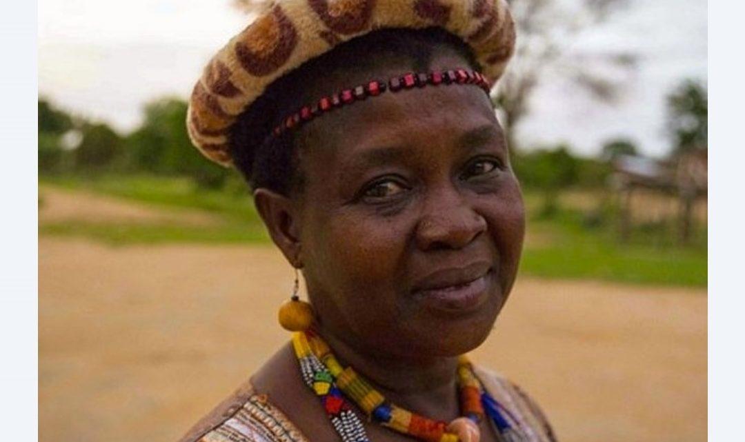 Essa Mulher anulou 850 casamentos infantis e enviou as meninas de volta para a escola